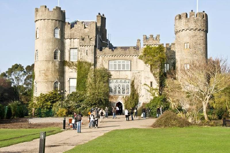Le château de Malahide est l'un des meilleurs châteaux d'Irlande